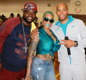 Johnnie Cabbell, Momma Cashout, Reec