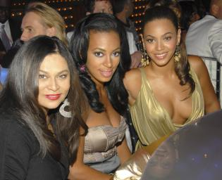 Tina Knowles, Beyonce, Solange