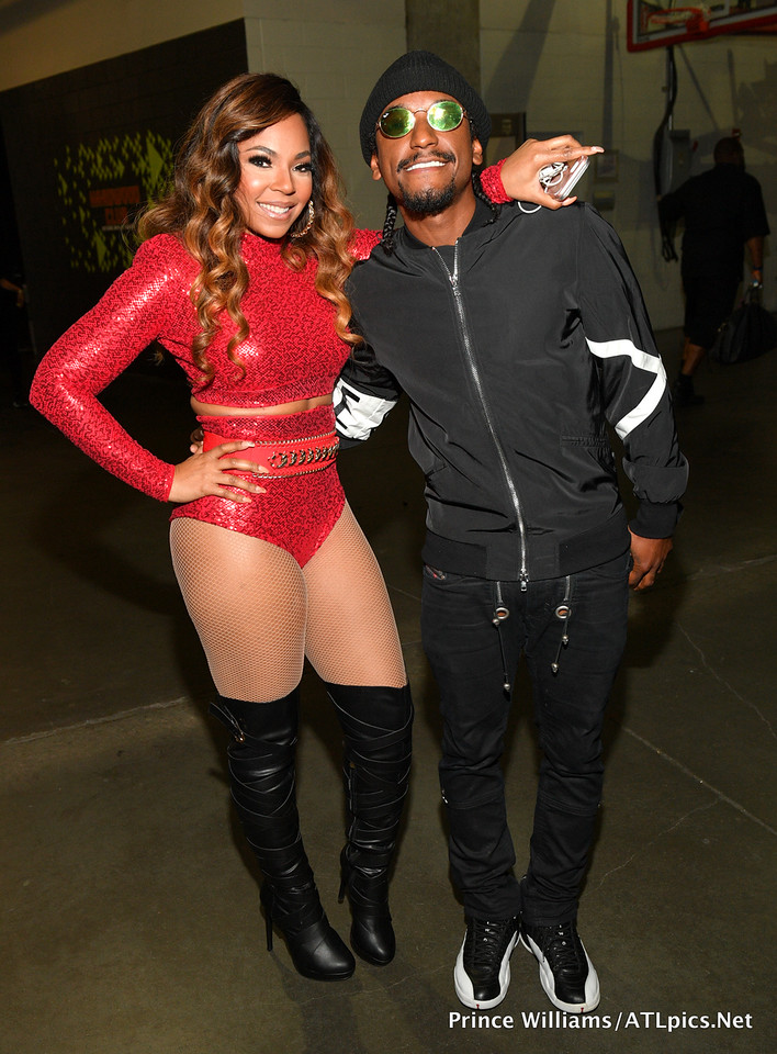 Lloyd + Surprise Guest Ashanti