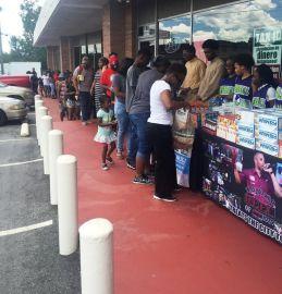 Grocery Give Away Payusa aug 17 Reec (10)