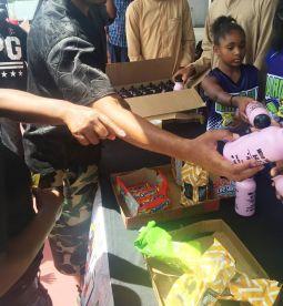 Grocery Give Away Payusa aug 17 Reec (15)