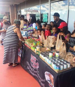 Grocery Give Away Payusa aug 17 Reec (32)