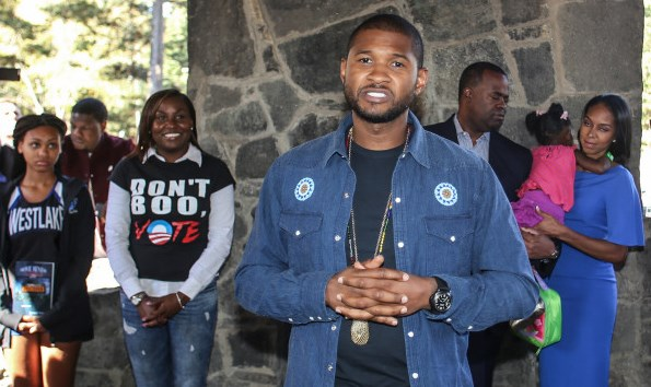 Atlanta Mayor Kasim Reed and Usher and friends show up to talk about the importance of early voting. photos by Thaddaeus McAdams