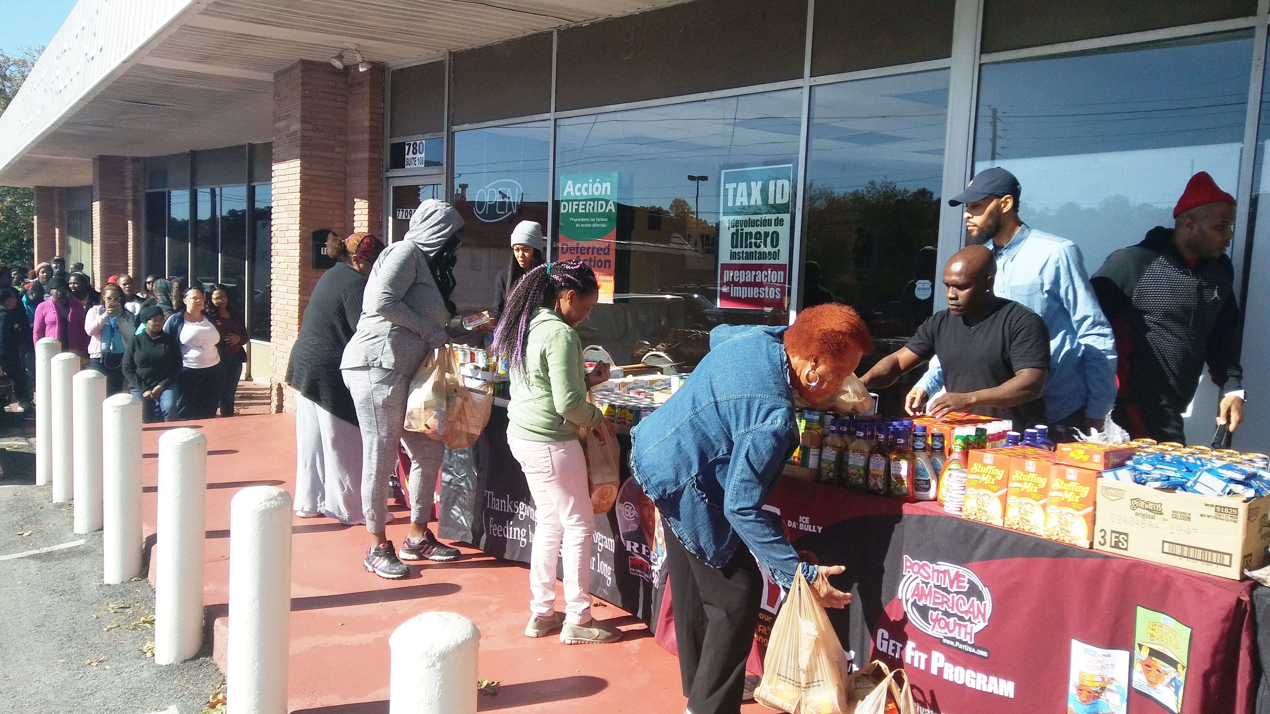 reec-host-grocery-give-away-payusa-11-20-1
