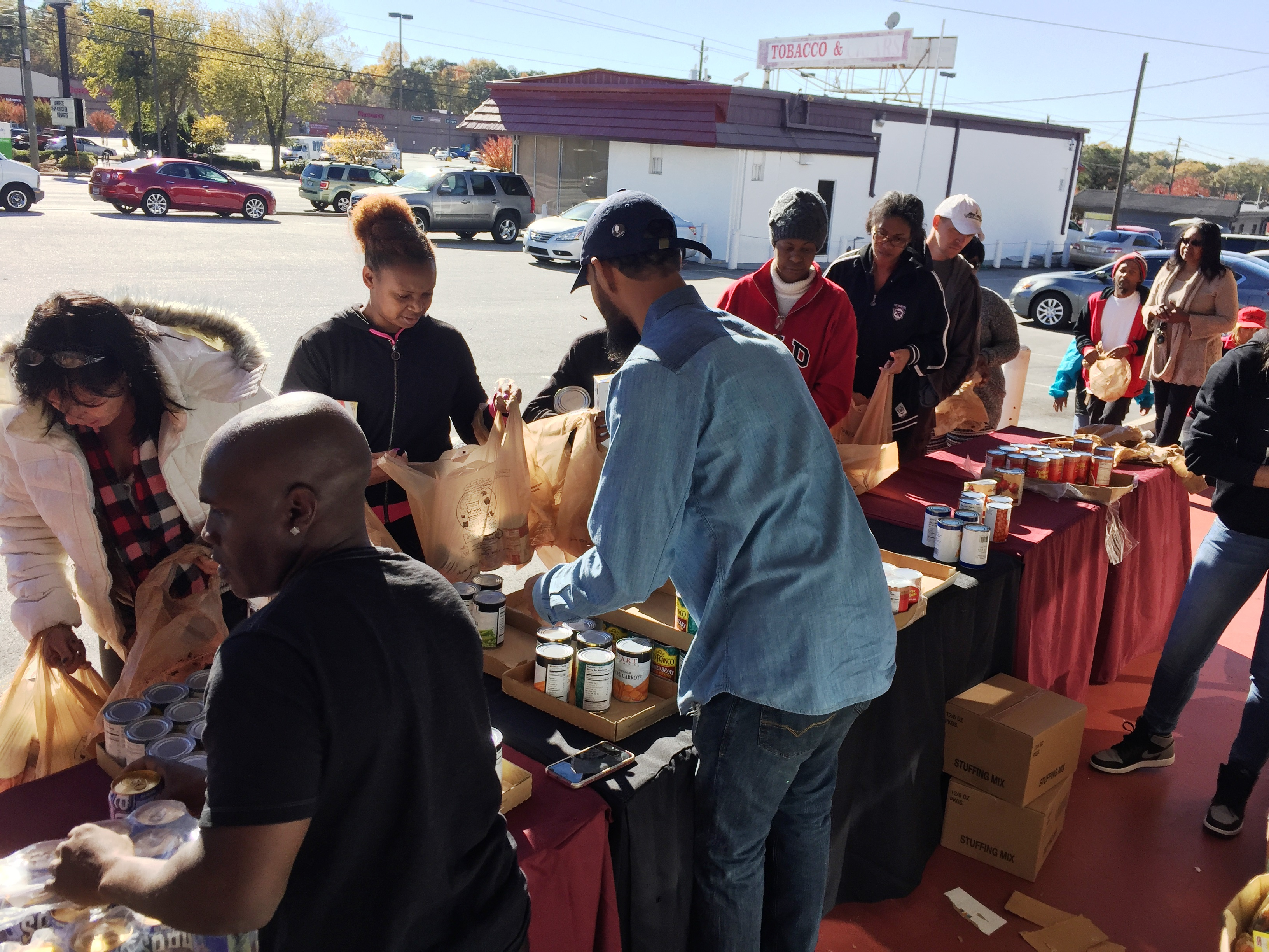 reec-host-grocery-give-away-payusa-11-20-19
