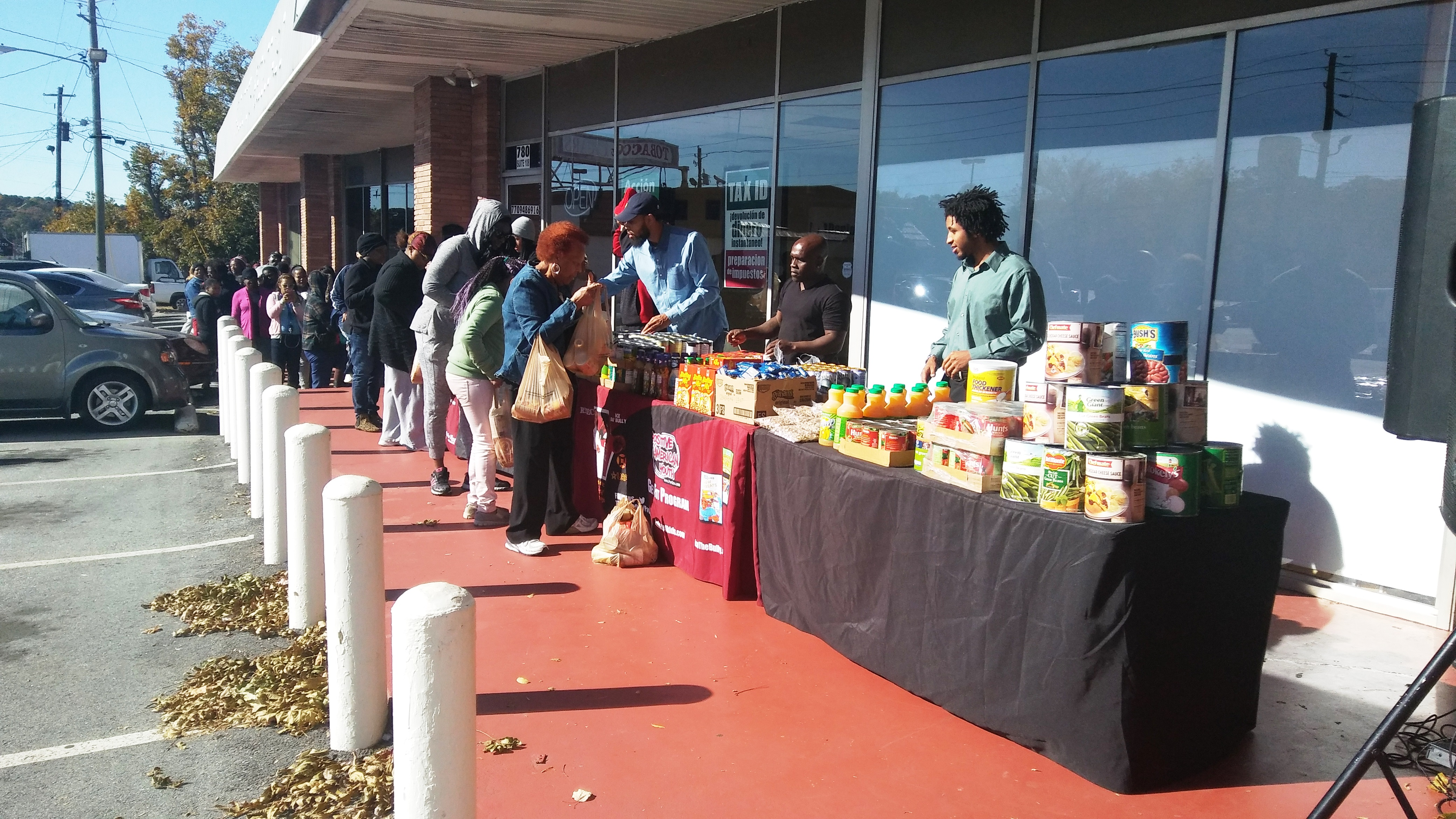 reec-host-grocery-give-away-payusa-11-20-2