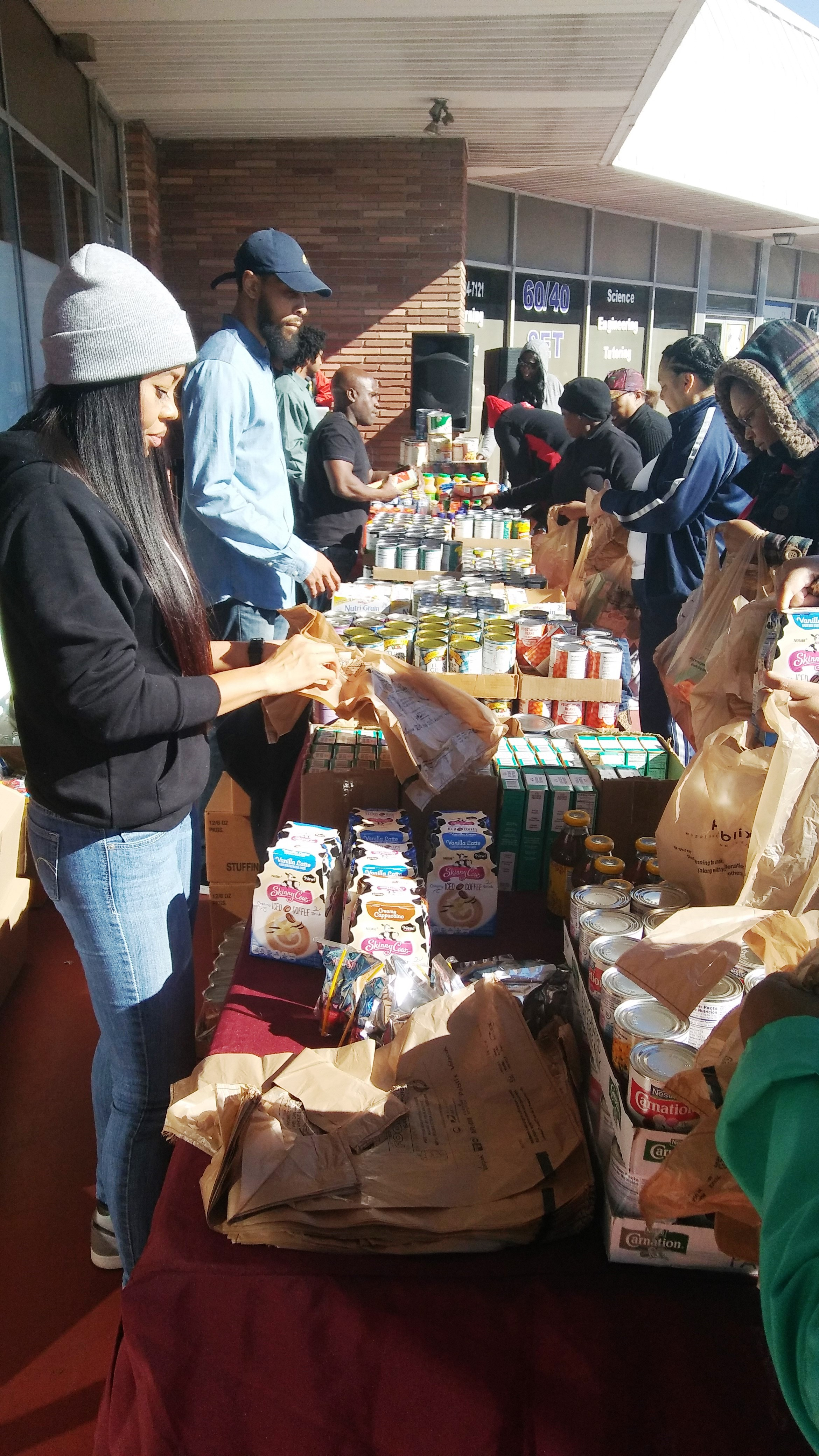 reec-host-grocery-give-away-payusa-11-20-5
