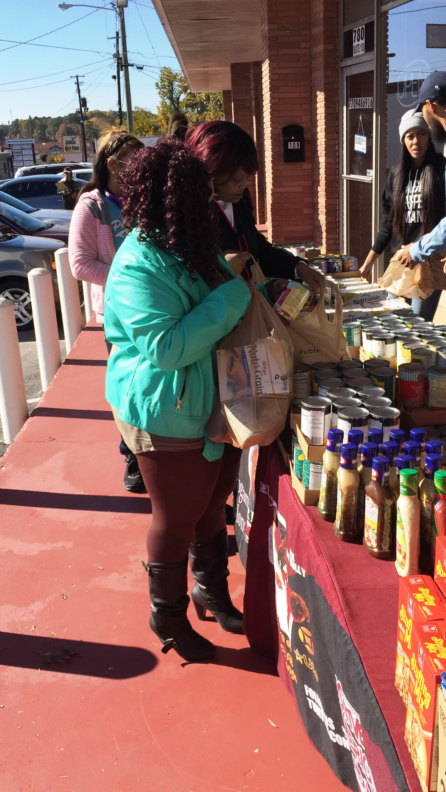 reec-host-grocery-give-away-payusa-11-20-7